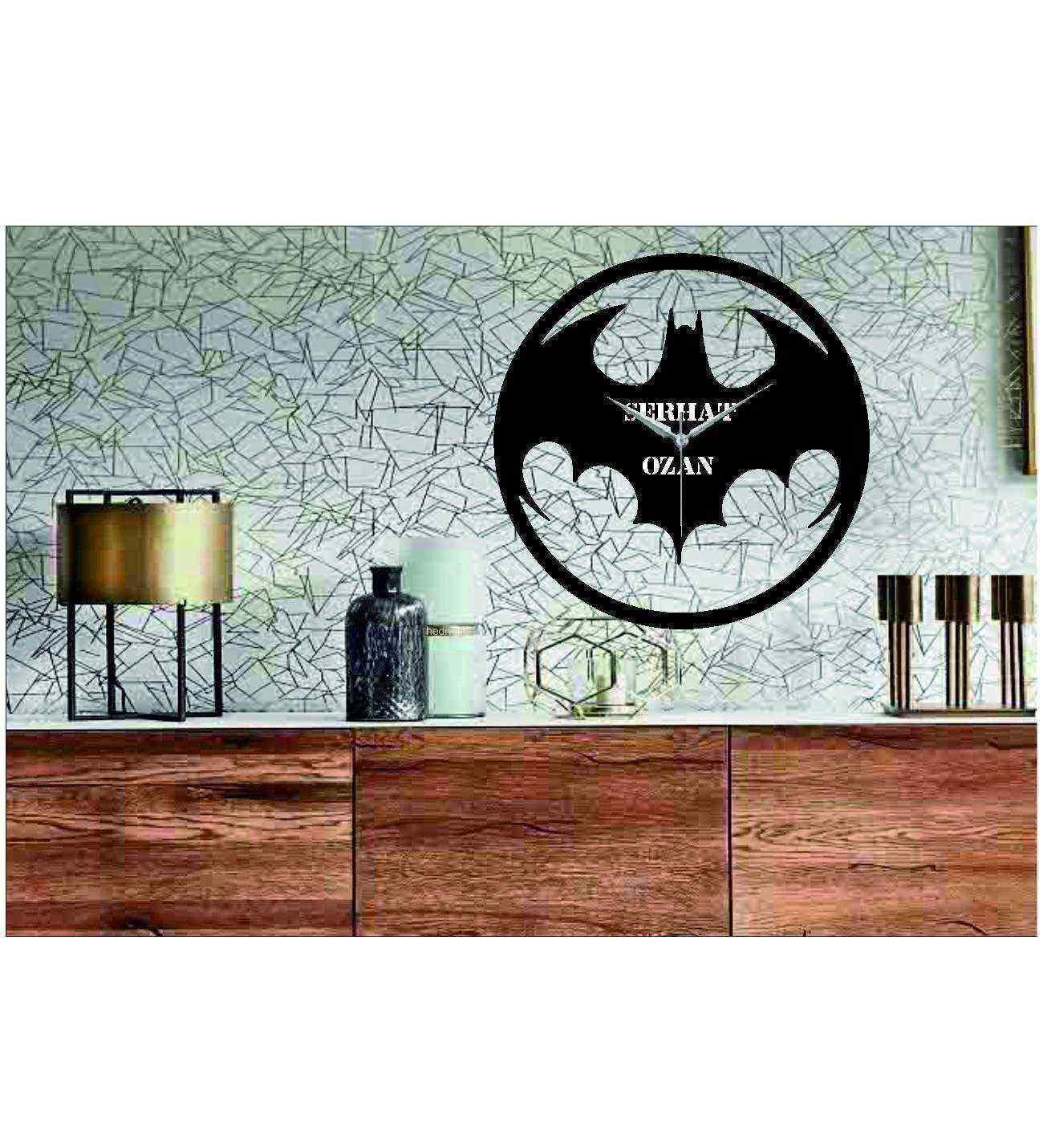 Kişiye Özel Batman Temalı Ahşap Duvar Saati