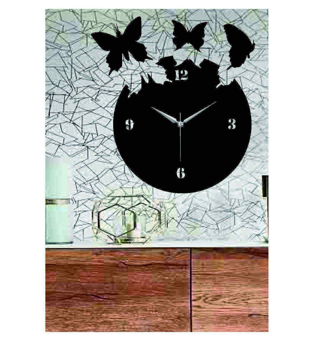 Özgür Kelebekler Ahşap Duvar Saati