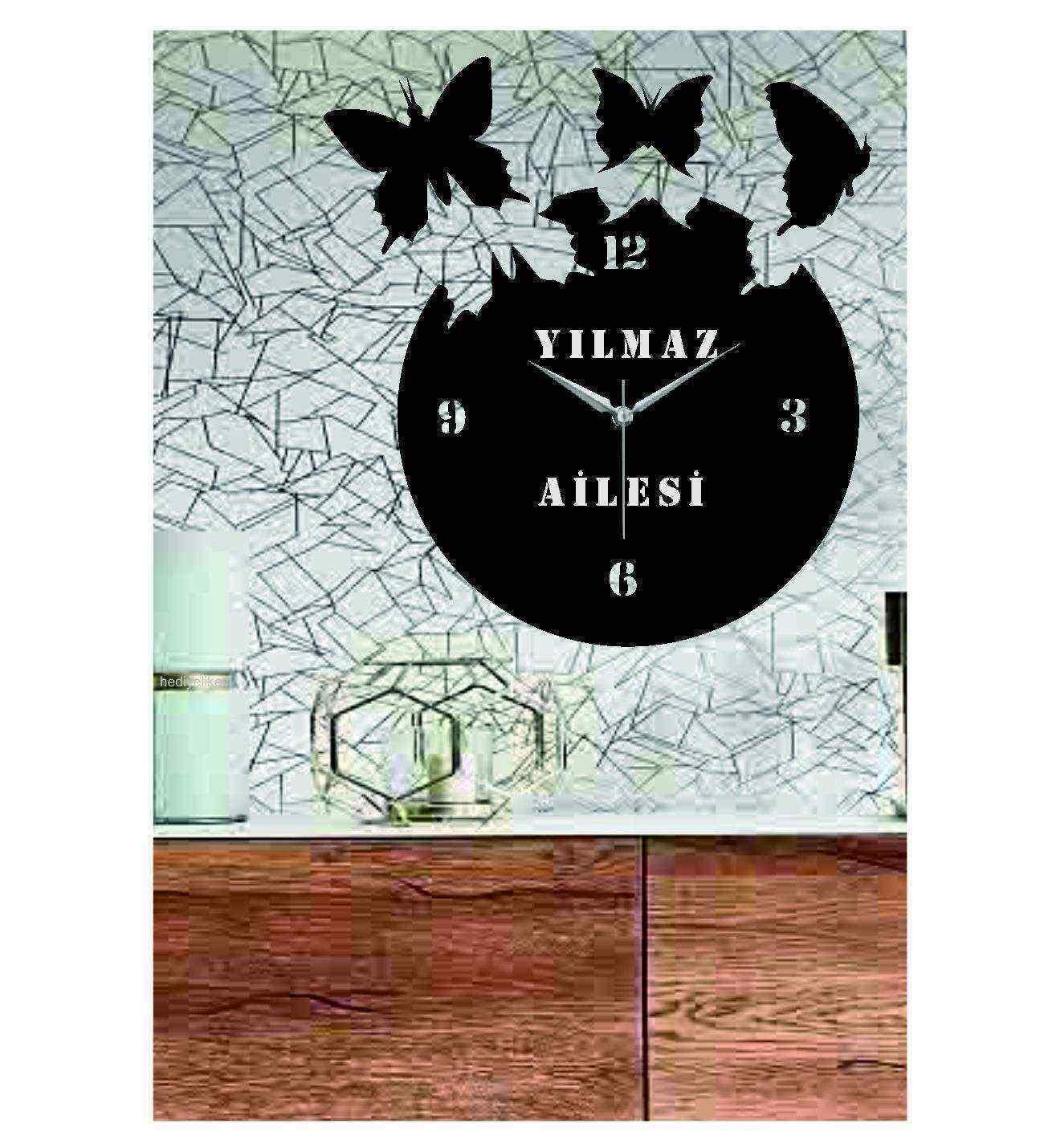 Kişiye Özel İsimli Özgür Kelebekler Ahşap Duvar Saati